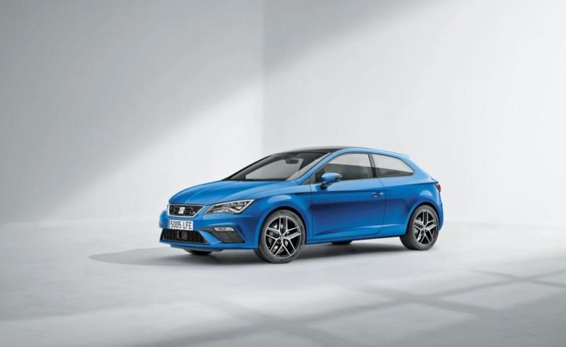 SEAT León azul