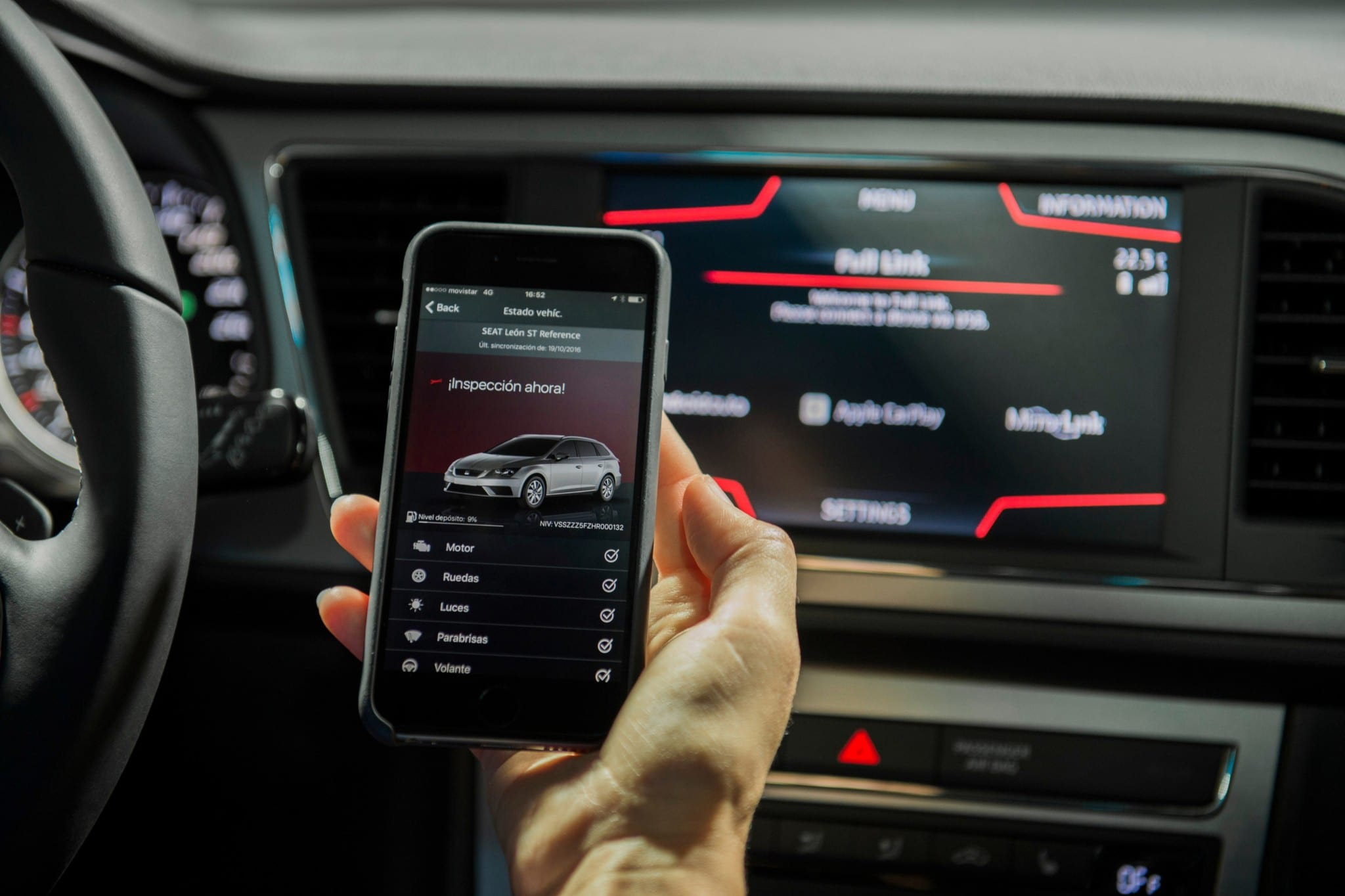 SEAT León ST conectividad móvil